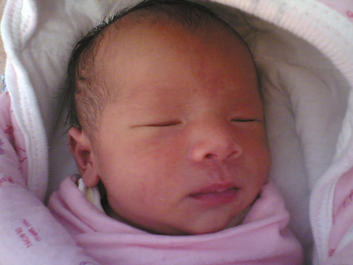 宝宝出生时的模样