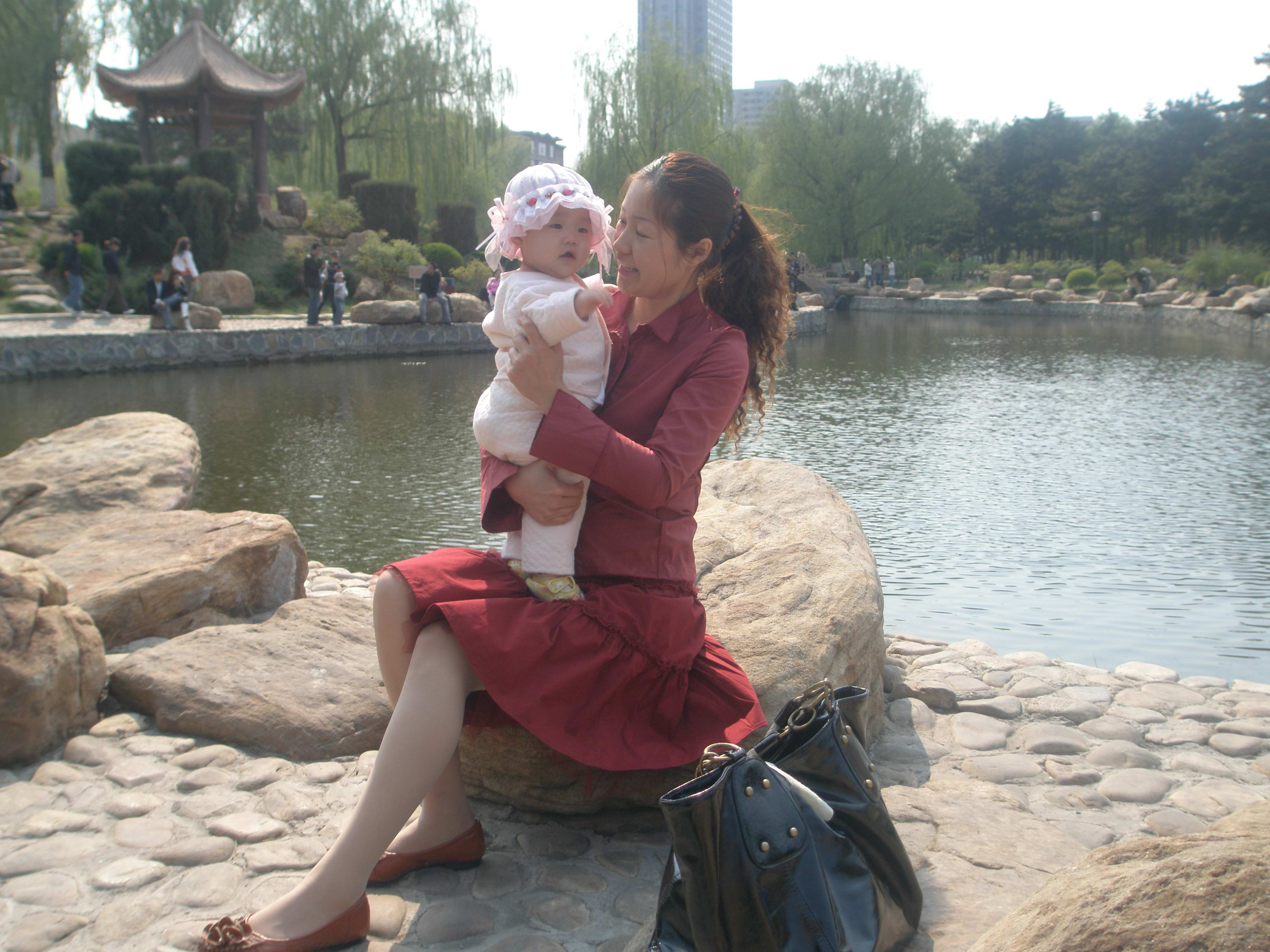 瑶瑶 妈妈/祝所有的宝贝健康快乐地成长!!!